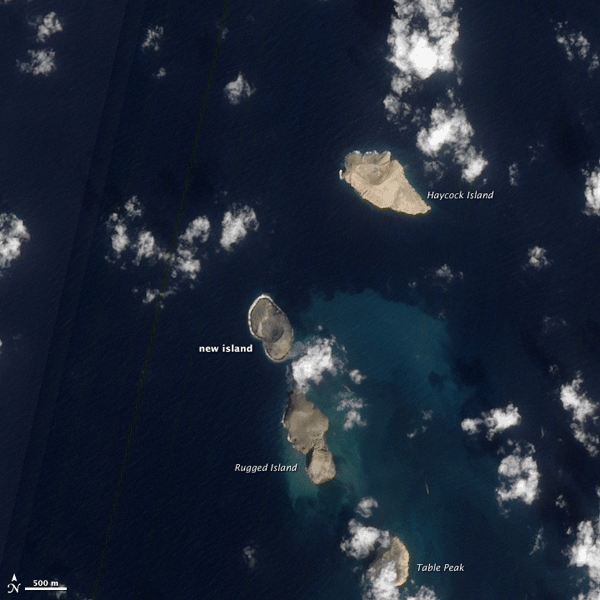ZUBAIR ISLANDS ON JANUARY 15, 2012 SHOWING THE NEWLY FORMED ISLAND. SOURCE: NASA'S EO-1 – ALI.