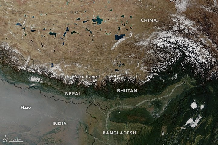 On November 20, 2015, the Moderate Resolution Imaging Spectroradiometer (MODIS) on NASA's Terra satellite captured this image of fresh snow along the Himalayan range in central Asia. Image: NASA, public domain