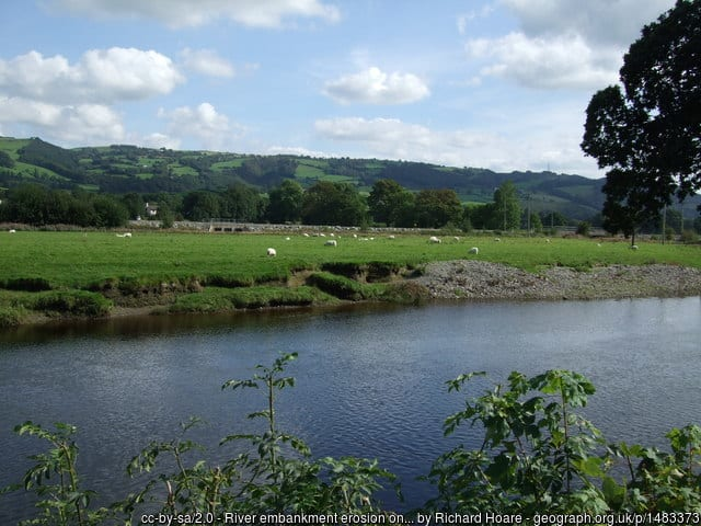 River embankment erosion on River Conwy below Llanrwst.  Photo by Richard Hoare, September 2009, CC BY-SA 2.0