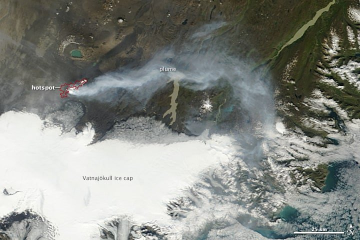 The Moderate Resolution Imaging Spectroradiometer (MODIS) on NASA's Terra satellite captured this view of the eruption on September 5, 2014, at 12:50 p.m. local time. The red outline shows where MODIS detected unusually high surface temperatures associated with volcanic activity. A plume of gas and steam is blowing east.