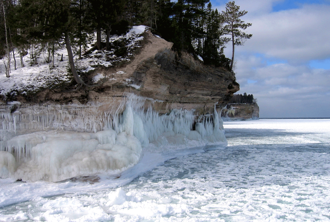 As water freezes it expands, causing weathering of rock.  Photo: NPS, Chapel Beach, National Lakeshore, Michigan.