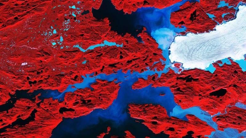 Nordenskiold Glacier, Greenland. Image modified Copernicus Sentinel data (2017), processed by ESA,CC BY-SA 3.0 IGO
