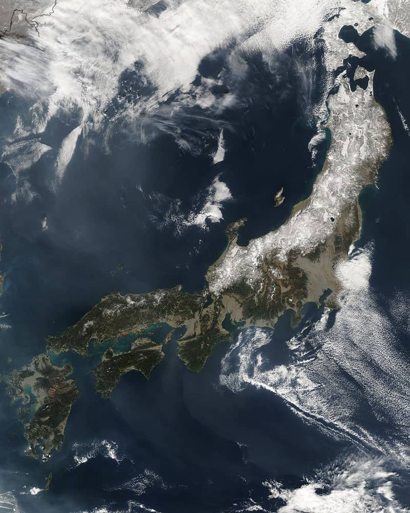 A satellite image of Japan' four largest islands on February 20, 2004.