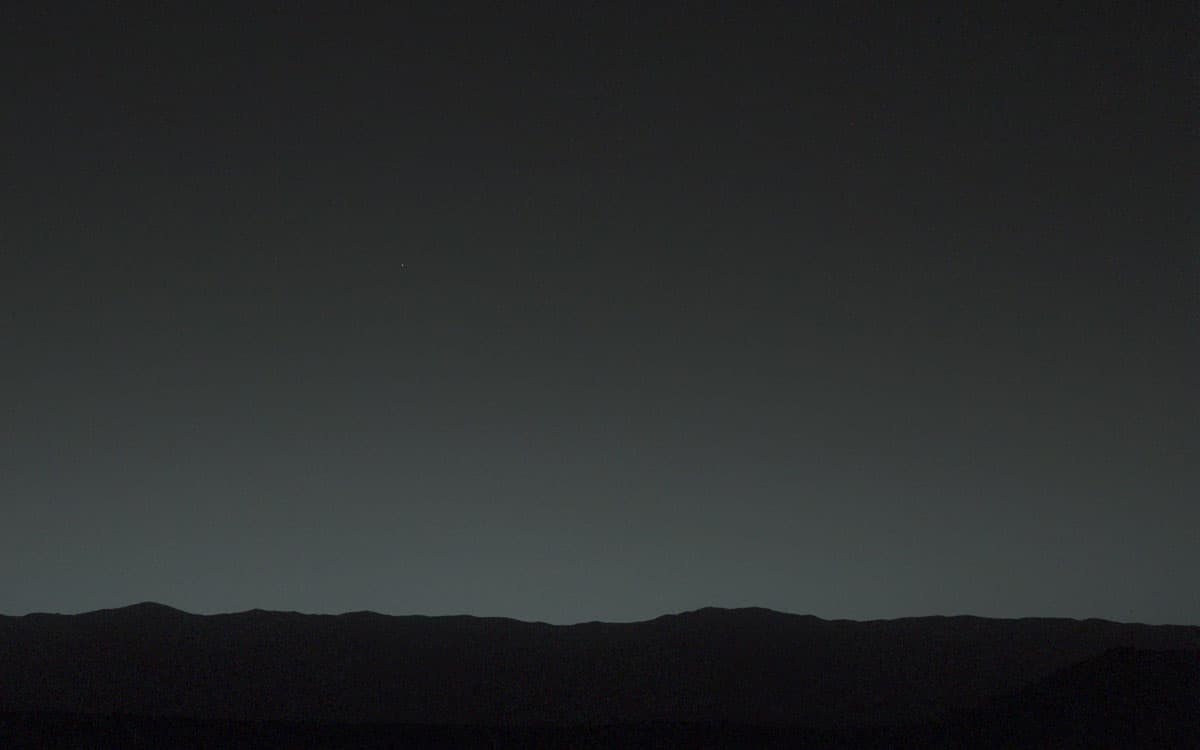 Earth in the sky as seen from Mars by NASA's Mars Rover, January 31, 2014.  Image: NASA/JPL-Caltech/MSSS/TAMU