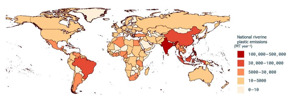 Map of total emitted plastic into the ocean ME (MT year−1) per country. Map: Meijer et al., 2021.